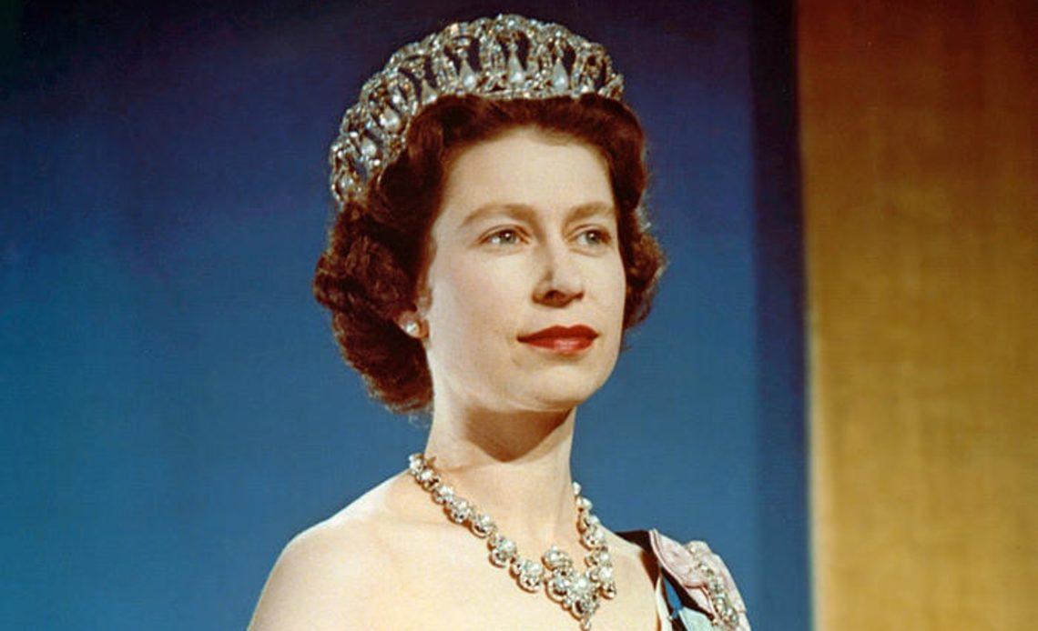 Elisabetta II 3