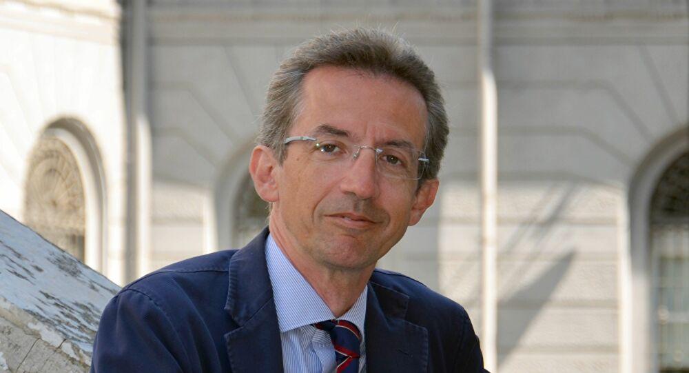 Scuola ministro Università Ricerca Gaetano Manfredi